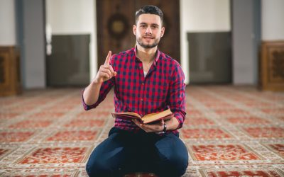 Q&A  – Declan Henry author of Voices of Modern-Islam